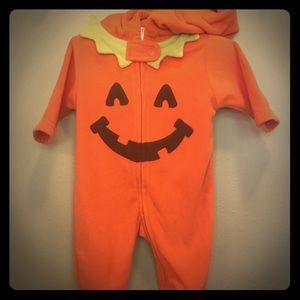 Carters Halloween hooded pumpkin sleeper. 0-3 mo